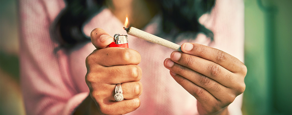 light a joint properly